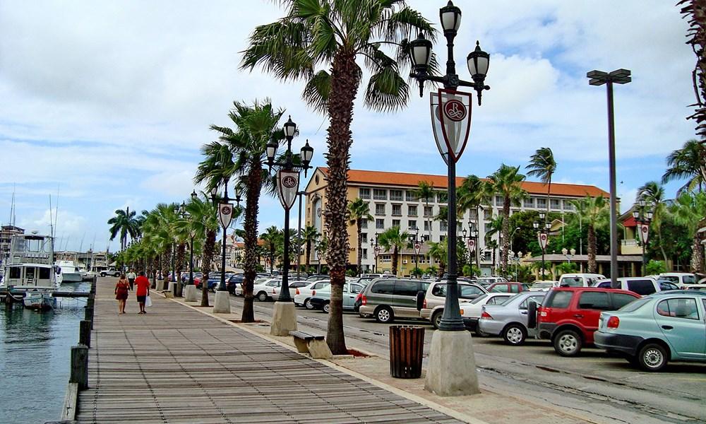 Droom jij van een carrière op Aruba? Leer het vak in Nederland!